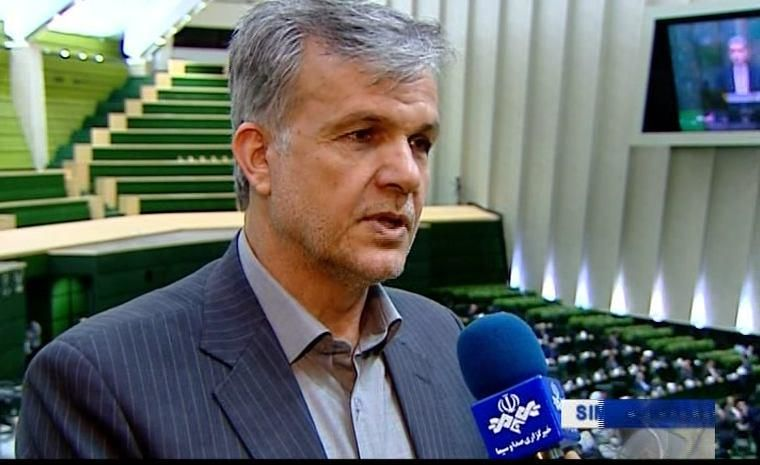 Photo of یک نماینده مجلس: عرضه زعفران در بورس باعث رشد عملکرد در سطح شده است!